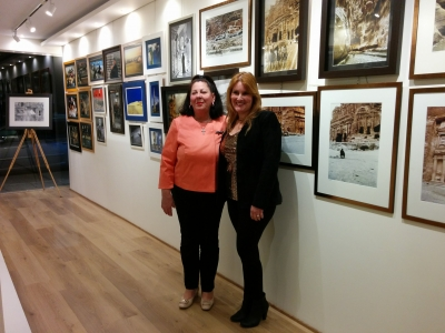 Interview of the owner of Govedarou Art Gallery and painter Natasa Govedarou (in Greek)